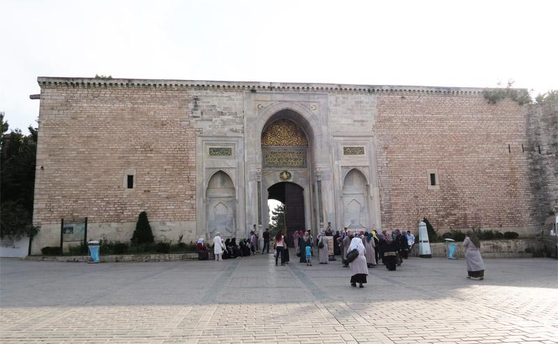 トプカプ宮殿門