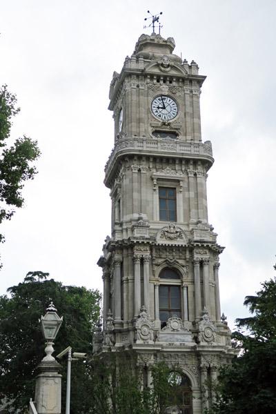 ドルマバフチェ宮殿の時計台