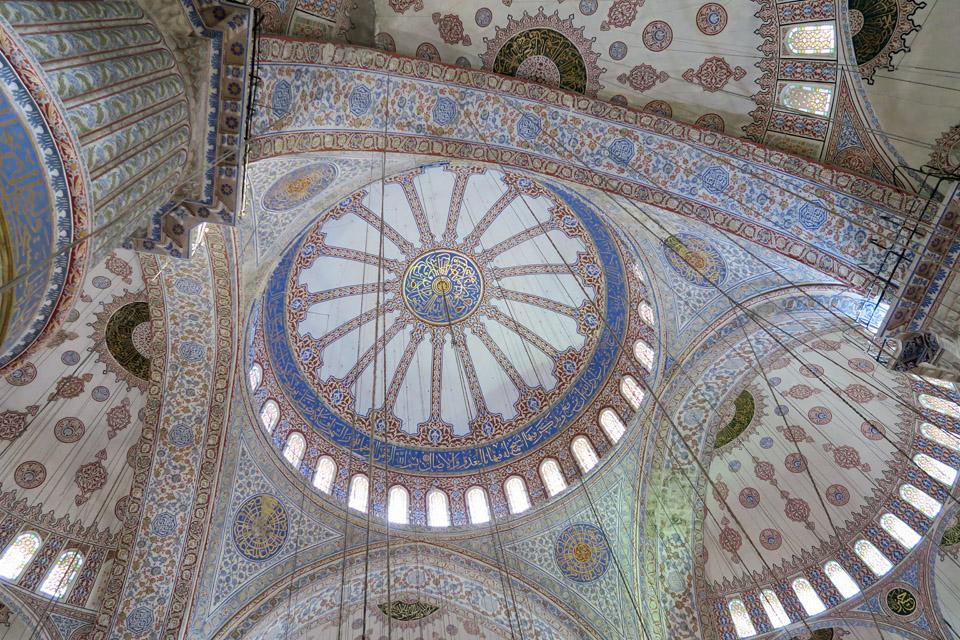 ブルー・モスク天井