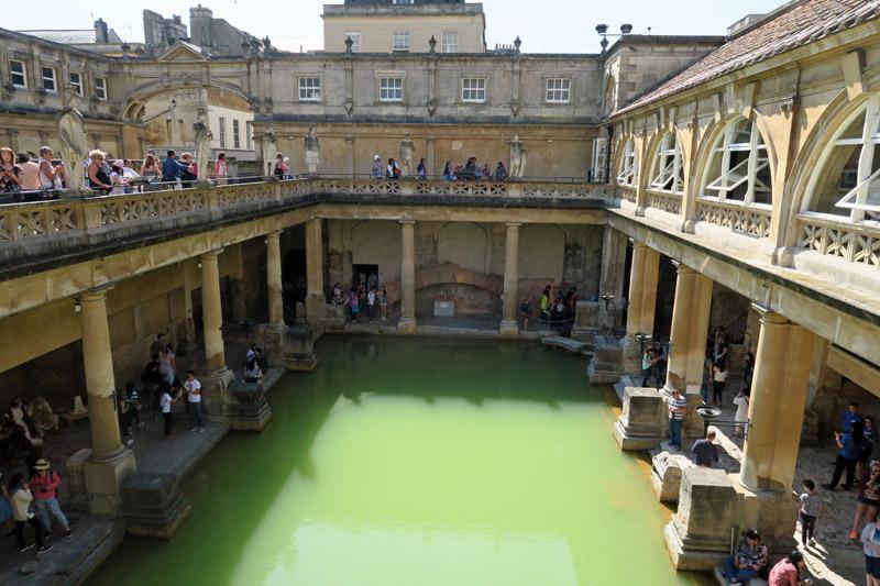 3.バース ローマ風呂2