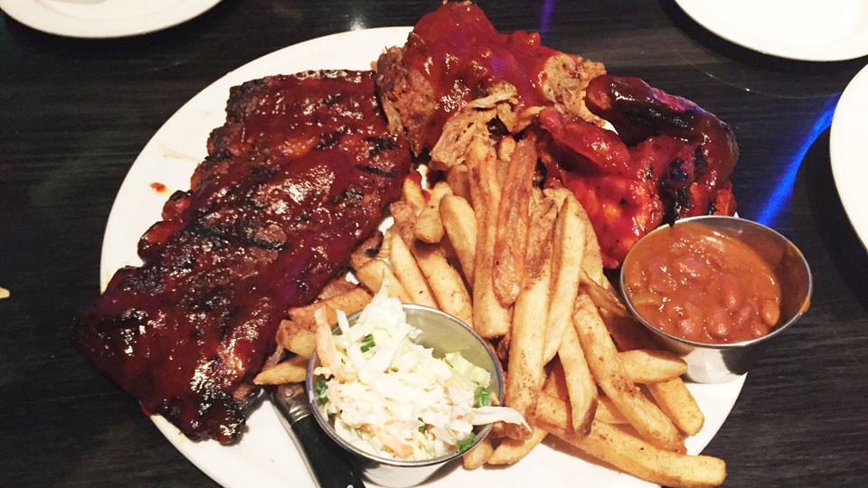 lv32_hardrockcafe_meat