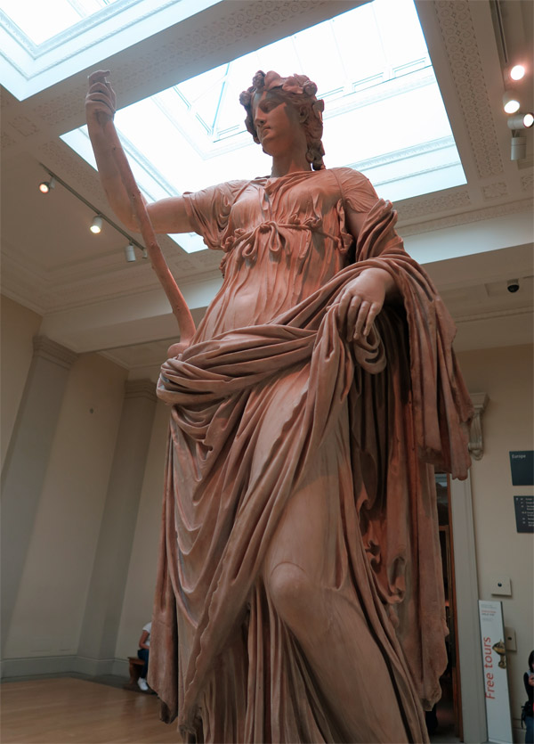 12.大英博物館 女性像