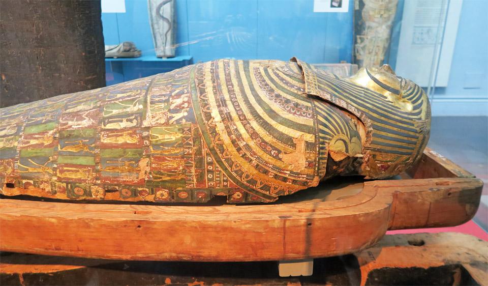 12.大英博物館 黄金の棺